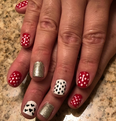 Nail File Fridays Easy Disney Mickey And Minnie Mouse Nail Art For